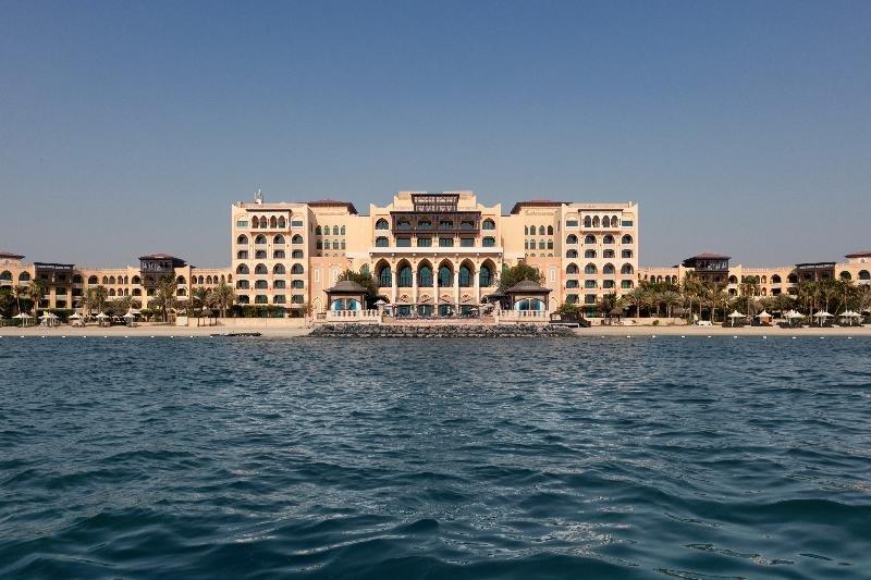 Shangri-la Hotel Qaryat Al Beri, Abu Dhabi Image 44