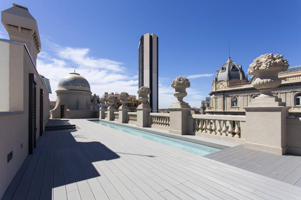 Casagrand Luxury Suites Image 22