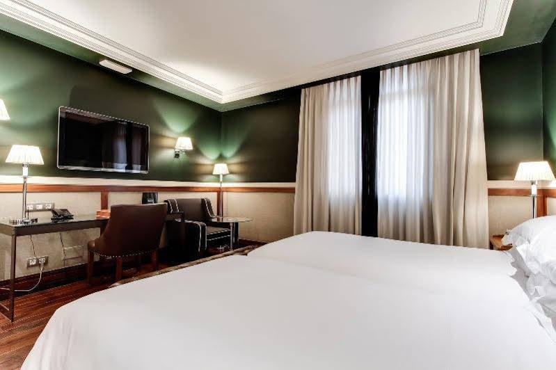 Hotel 1898 Image 6