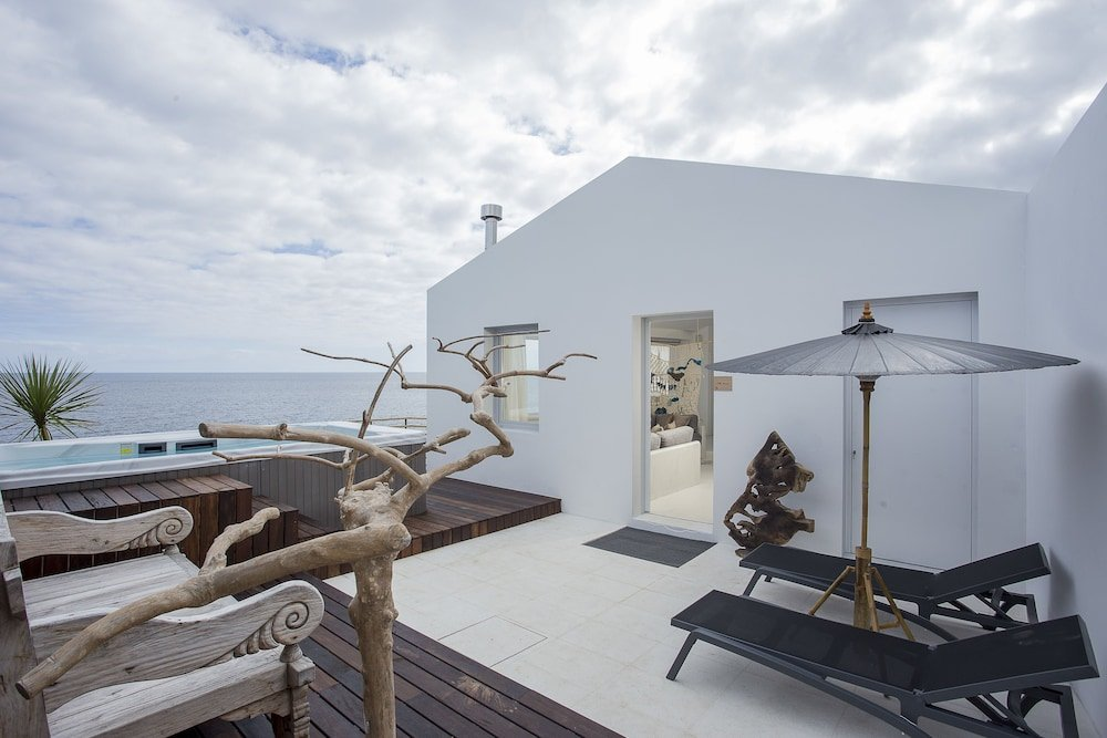 White Exclusive Suites & Villas, Lagoa Image 39