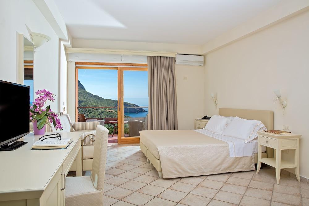 Hotel Torre Di Cala Piccola, Porto Santo Stefano Image 15