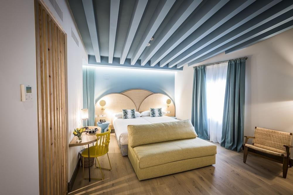 Hotel Casa De Indias By Intur, Seville Image 2
