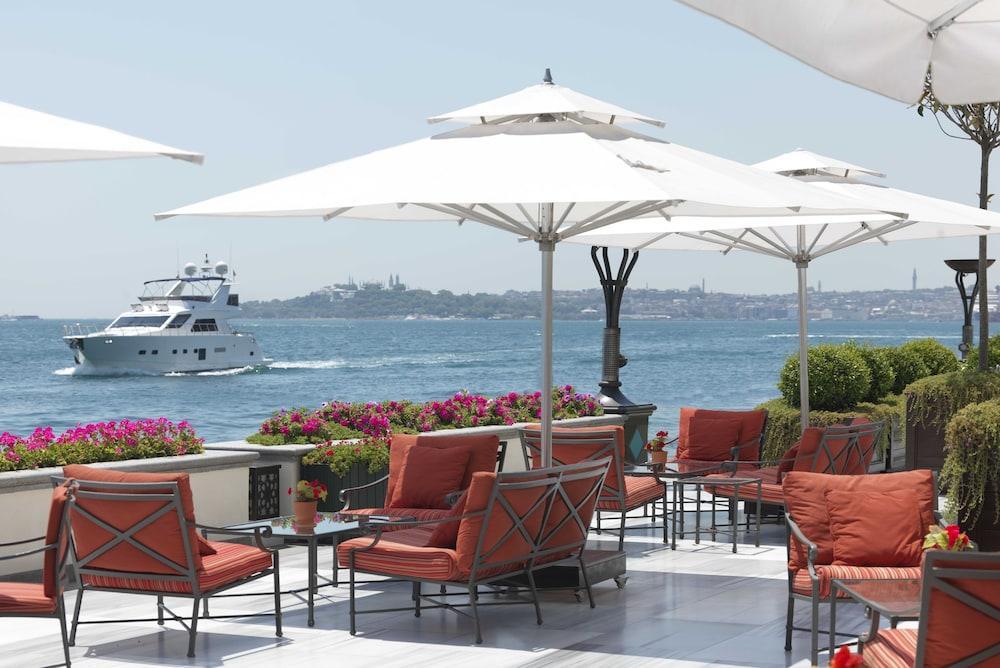 Four Seasons At The Bosphorus Image 10