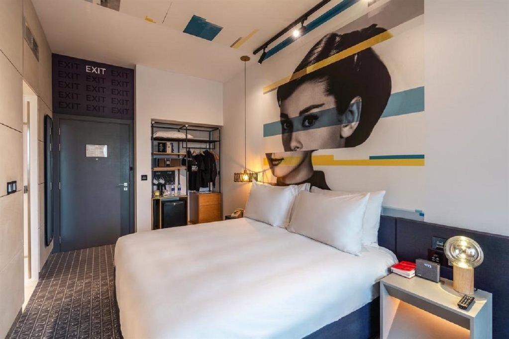 Studio One Hotel, Dubai Image 52