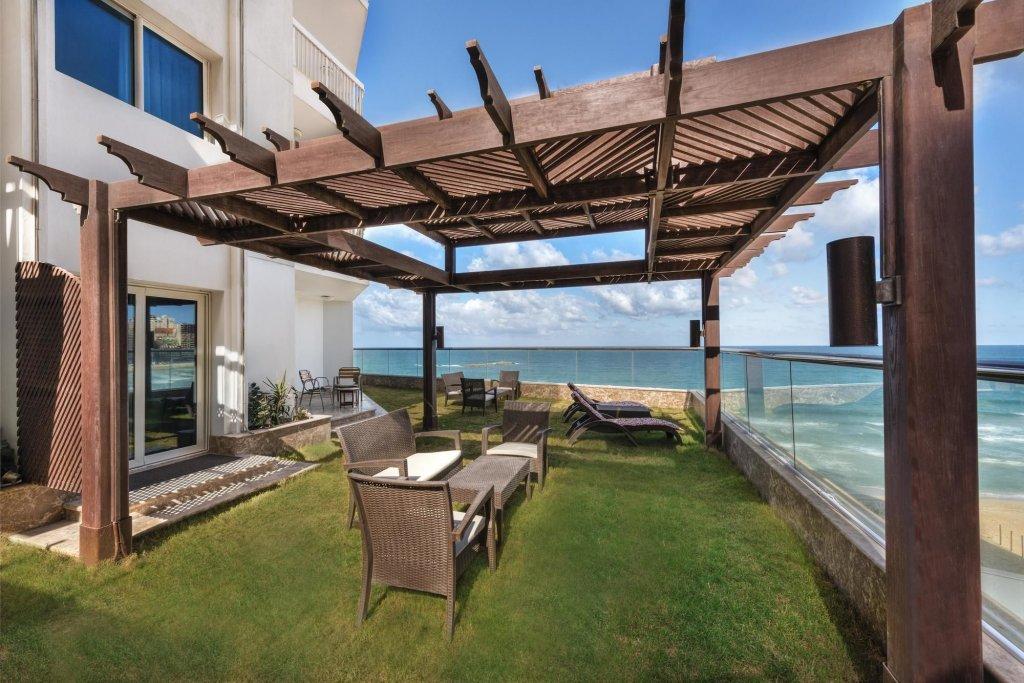 Hilton Alexandria Corniche Image 10