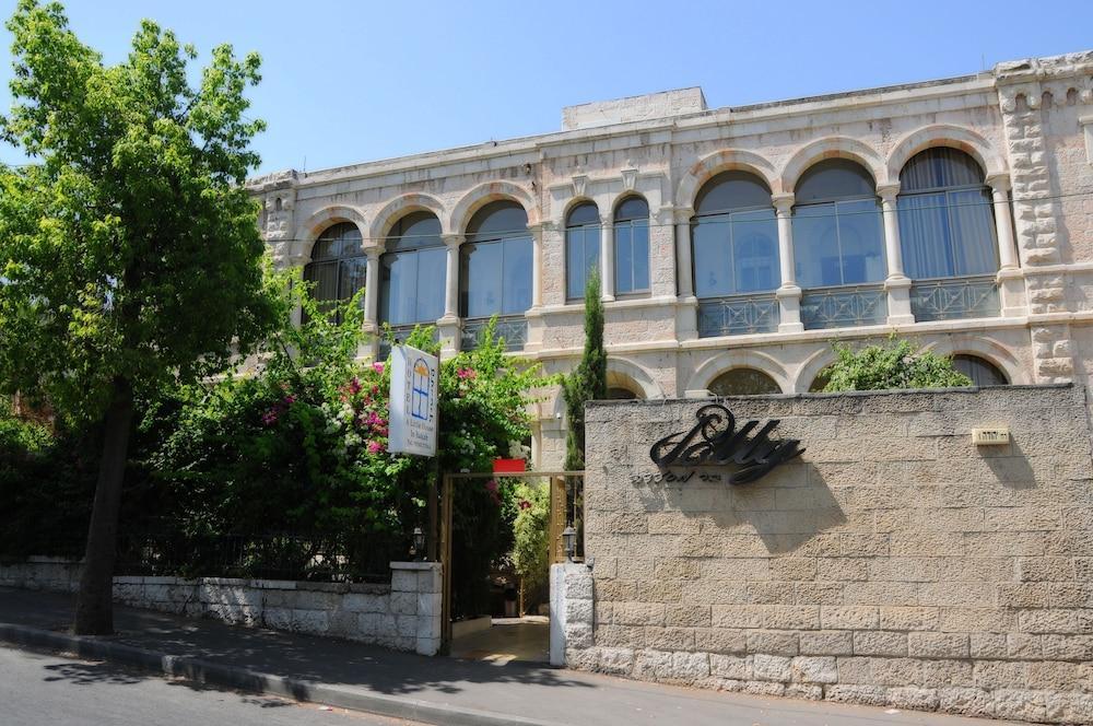 Little House In Bakah, Jerusalem Image 4