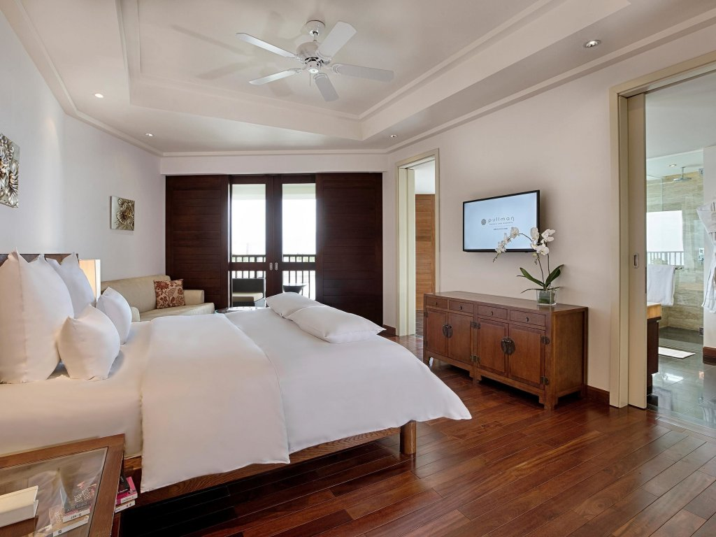 Pullman Danang Beach Resort Image 0
