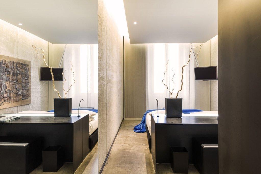 Straf Hotel&bar, Milan Image 28