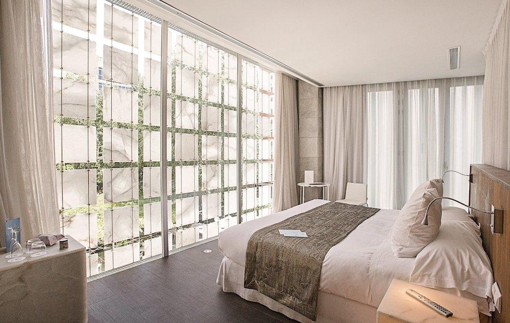 Hotel Hospes Palacio De Los Patos Image 32