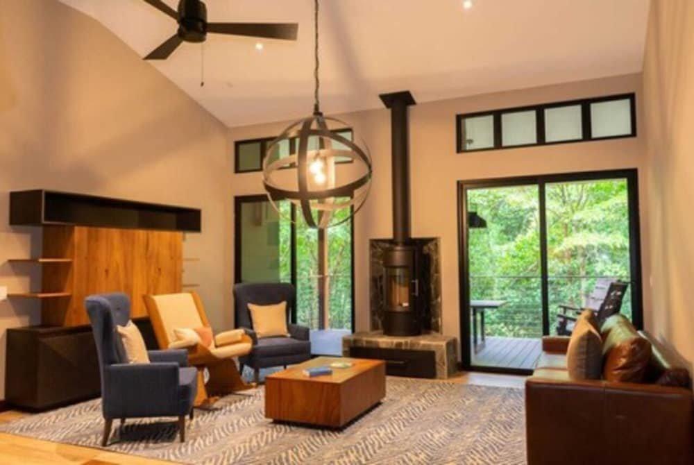 El Silencio Lodge & Spa Image 16