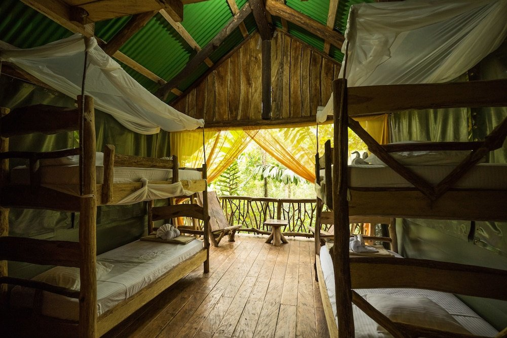 La Tigra Rainforest Lodge Image 1