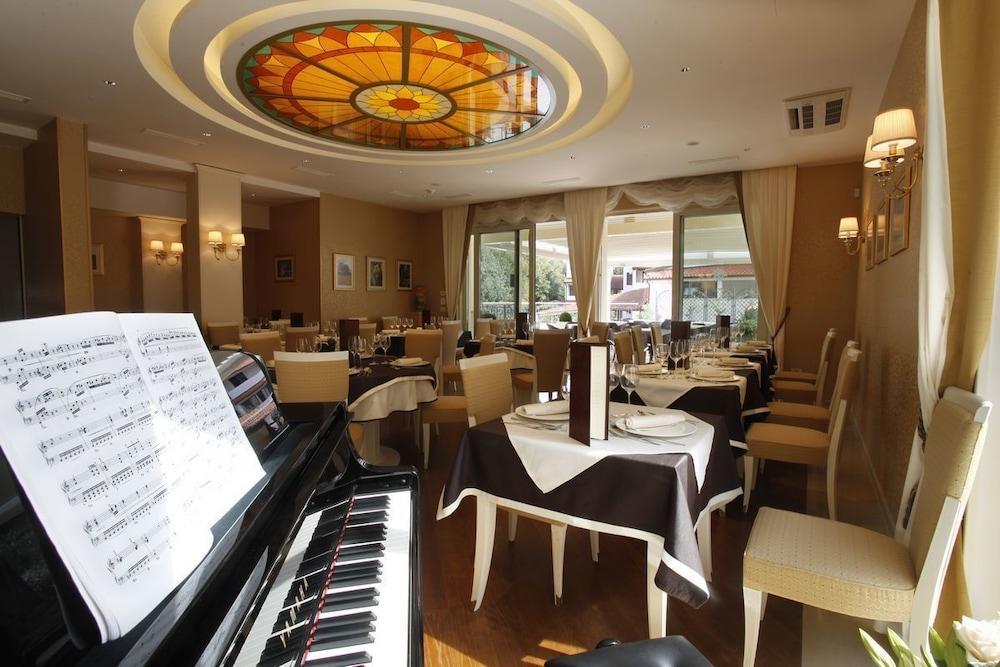 Oasi Boutique Hotel & Restaurant, Pula Image 12