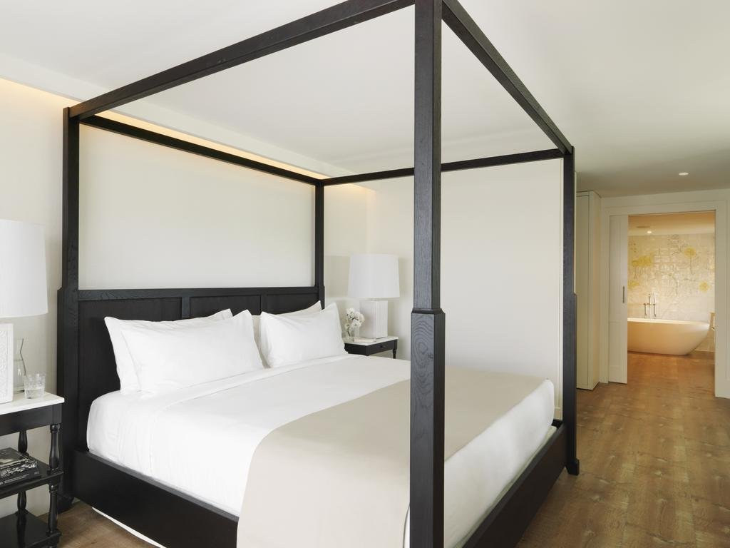 Hotel Camiral Image 1