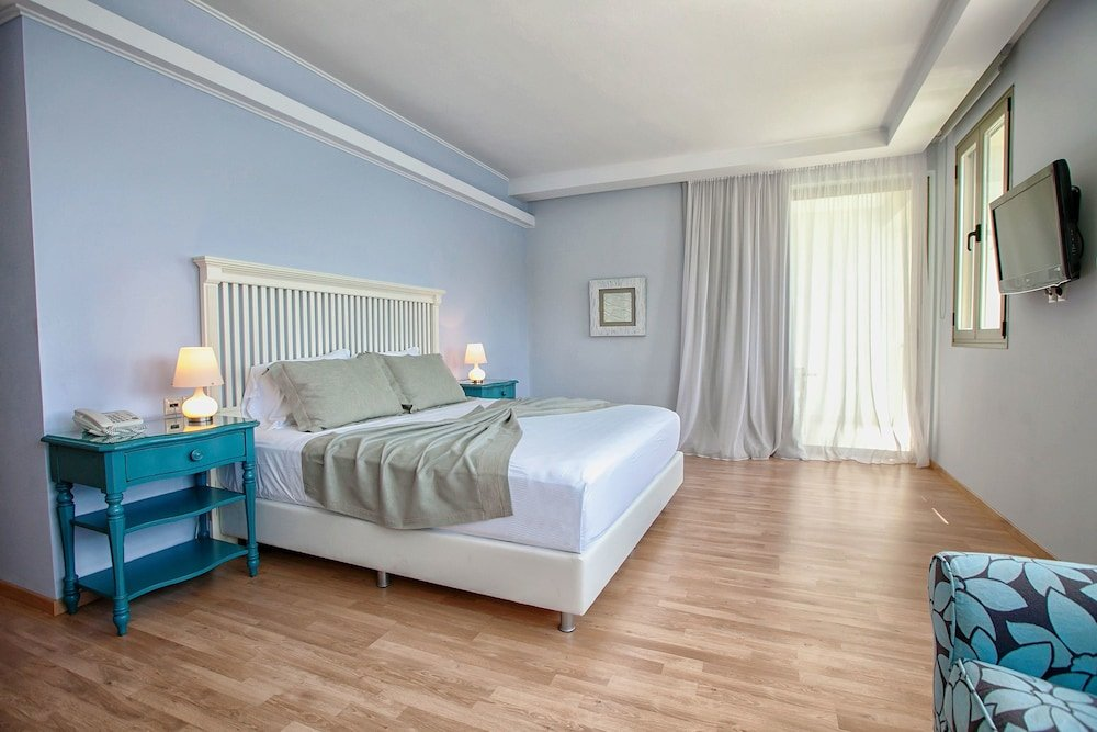 San Nicolas Hotel, Lefkada Image 1