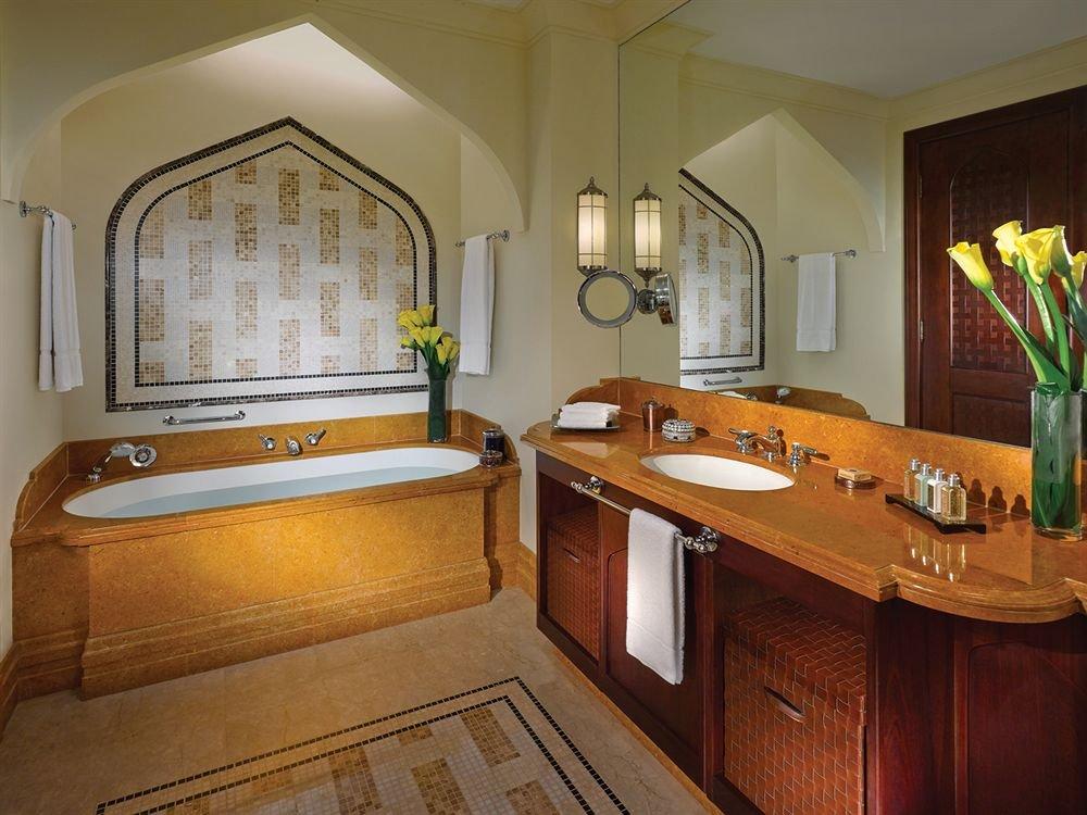 Shangri-la Hotel Qaryat Al Beri, Abu Dhabi Image 30