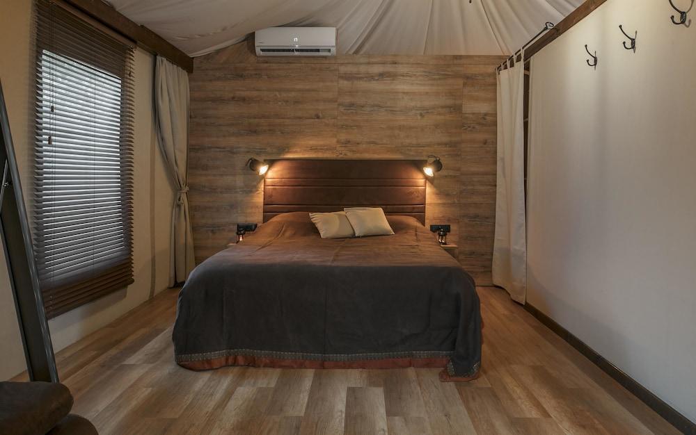 Mediteran Kamp Glamping Tents In Camping Navis Image 3