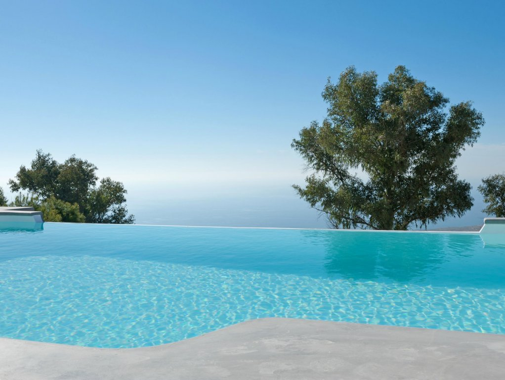 Santorini Heights Image 17
