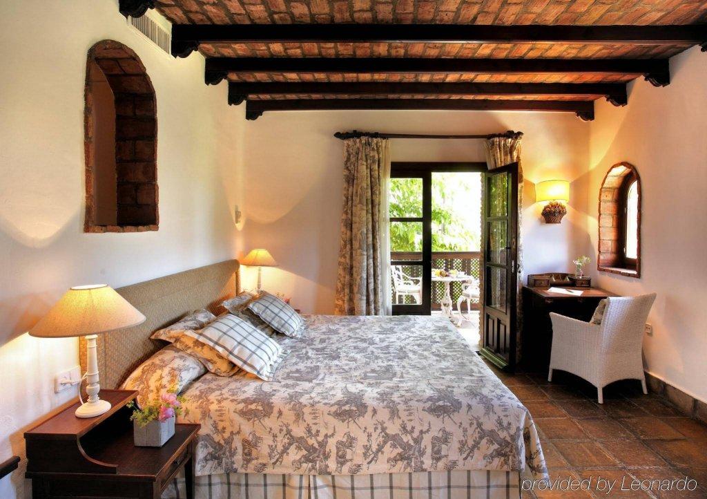 La Bobadilla, A Royal Hideaway Hotel Image 1
