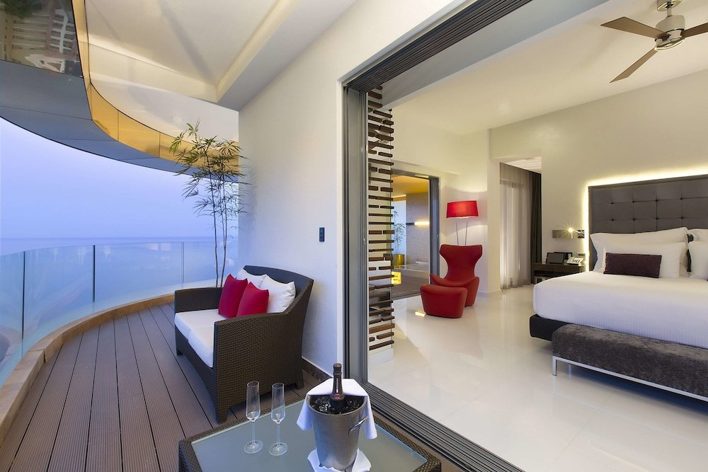 Hotel Mousai Puerto Vallarta Image 6