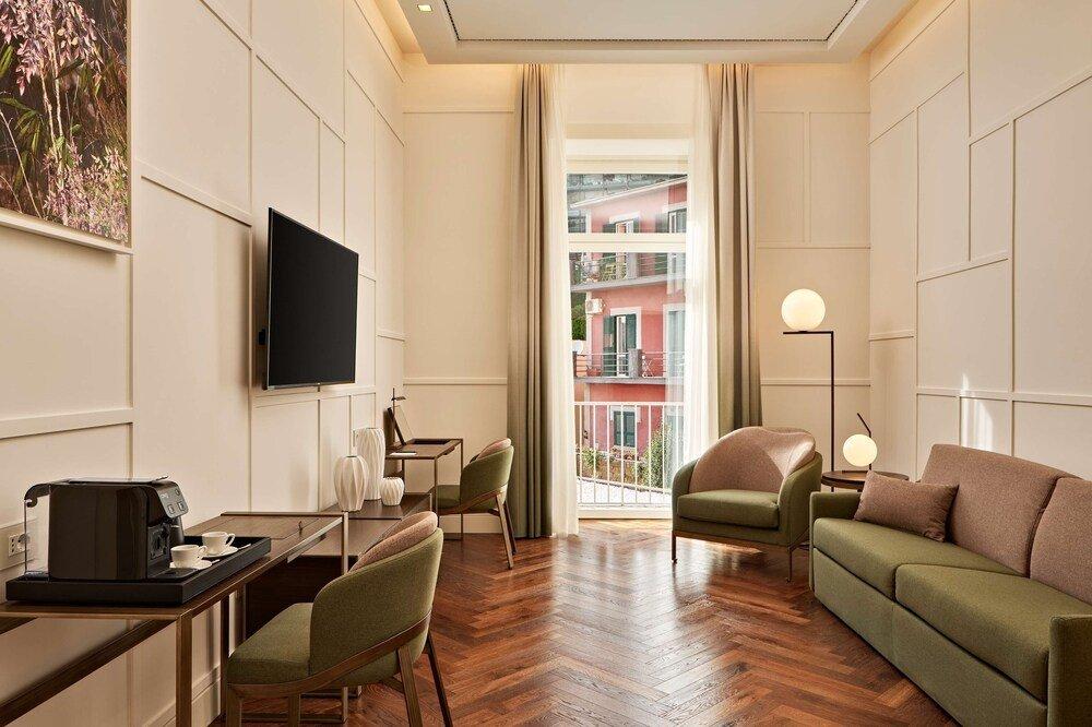 The Britannique Naples, Curio Collection By Hilton Image 0