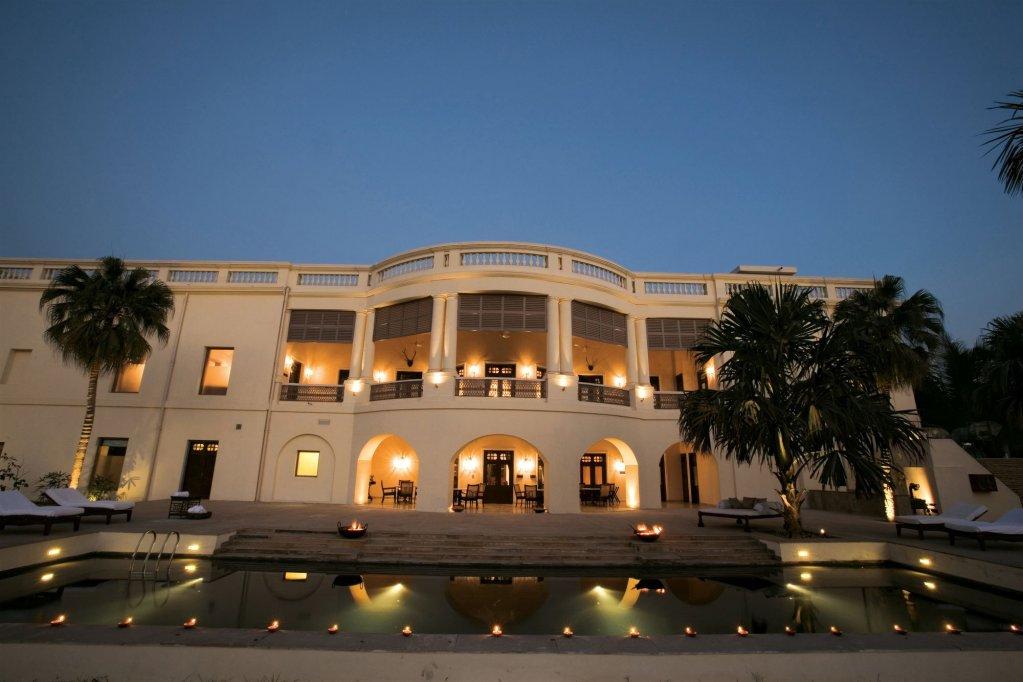 Taj Nadesar Palace,varanasi Image 4