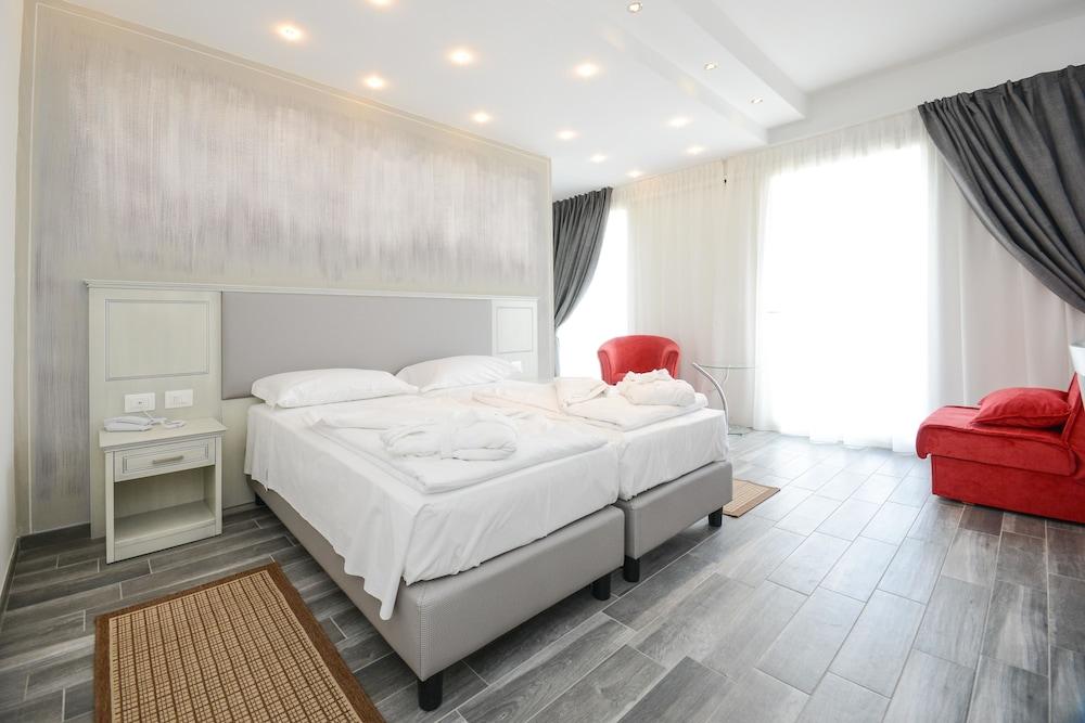 Villa Paradiso Suite, Moniga Del Garda Image 2