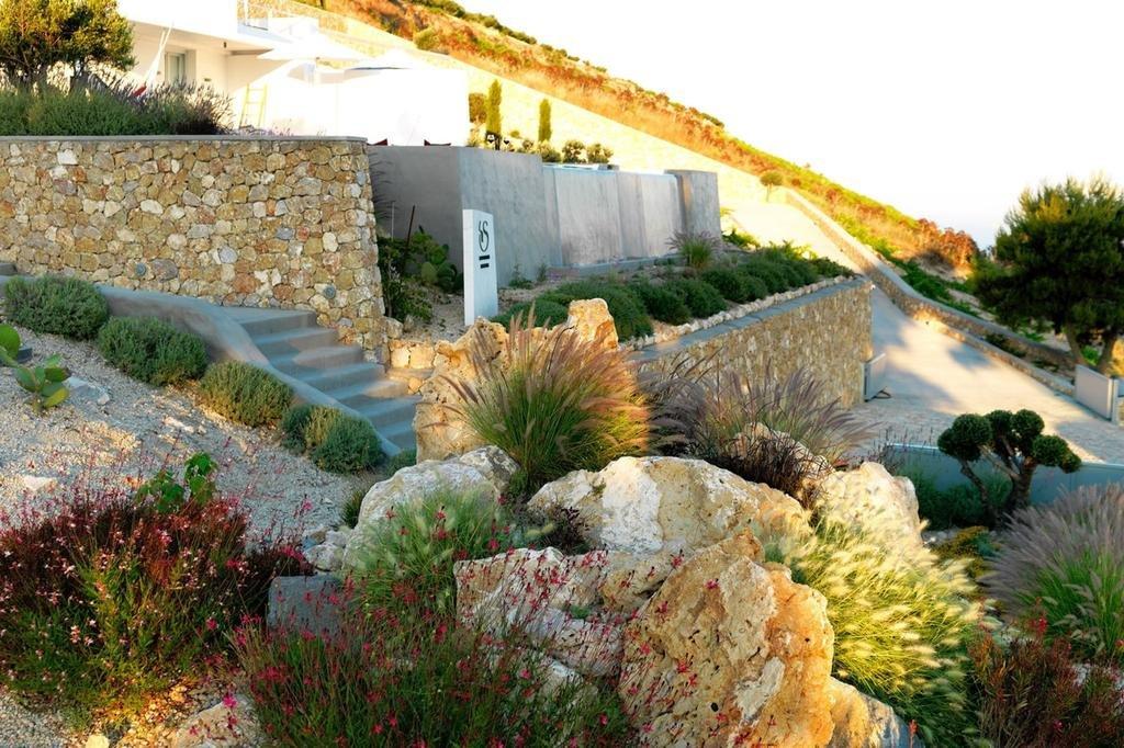 Santorini Heights Image 28