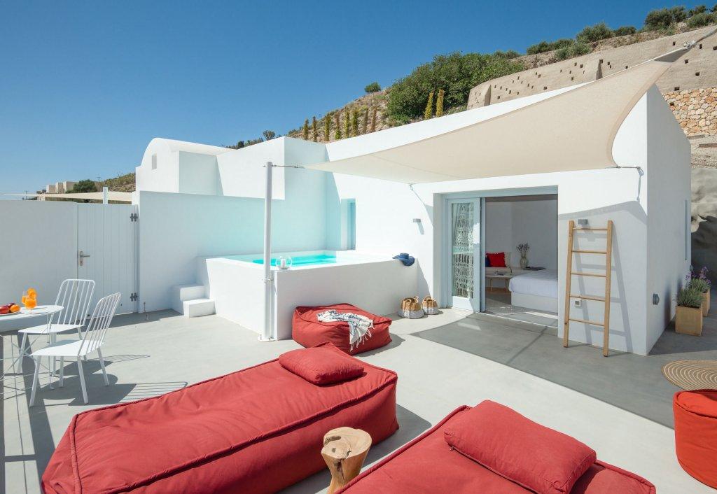 Santorini Heights Image 21
