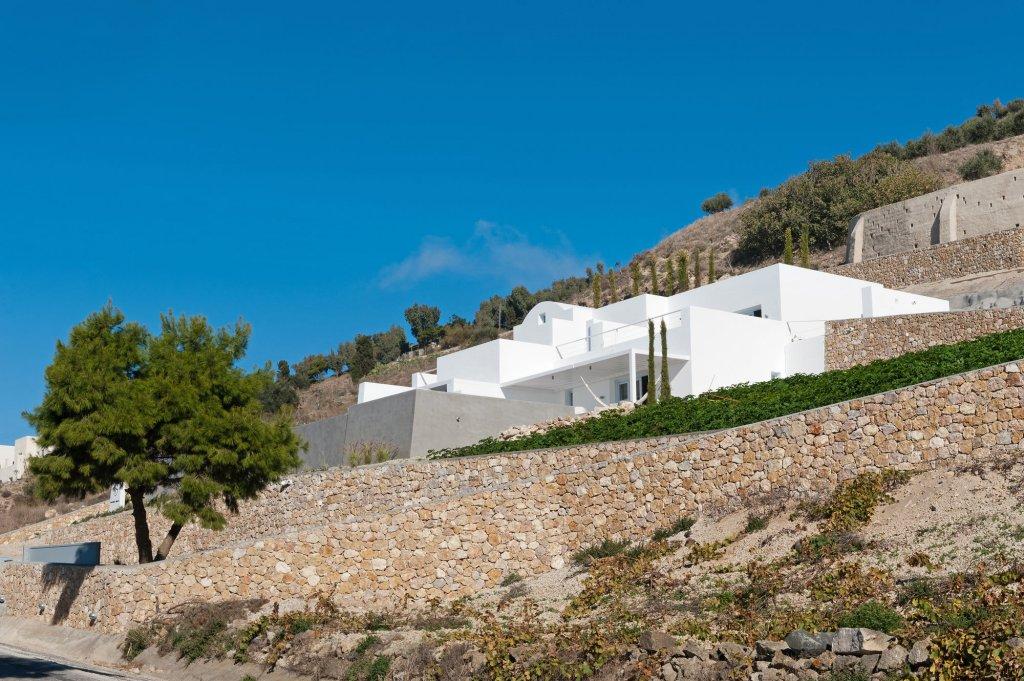 Santorini Heights Image 26