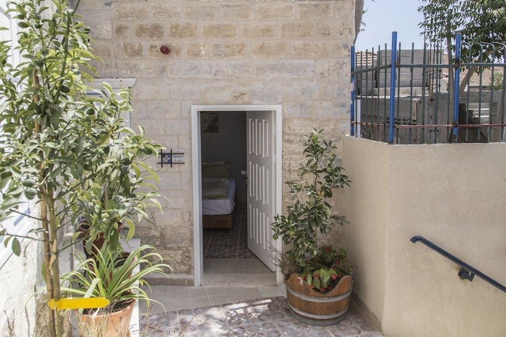 Alexandra House, Nazareth Image 6