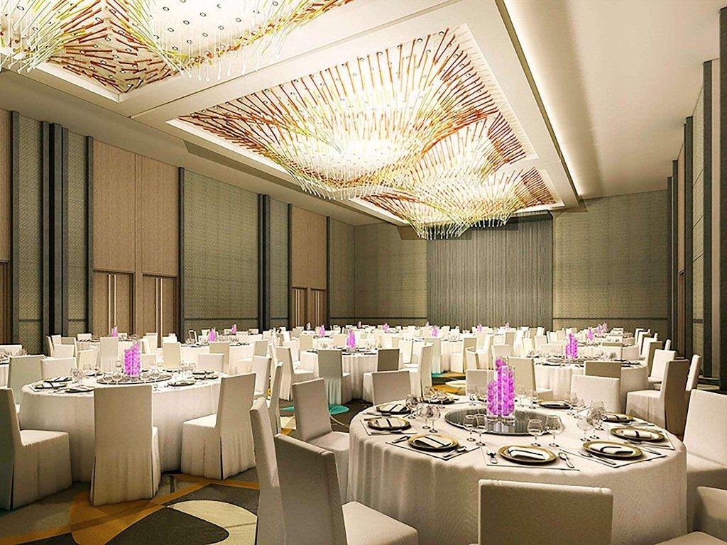 Sofitel Dubai Downtown Image 33