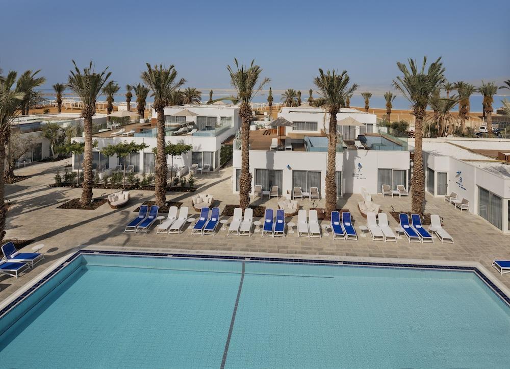 Milos Dead Sea Image 10