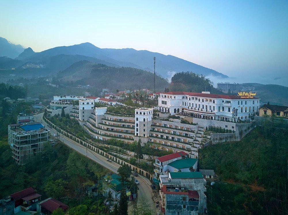Silk Path Grand Resort & Spa, Sapa Image 13