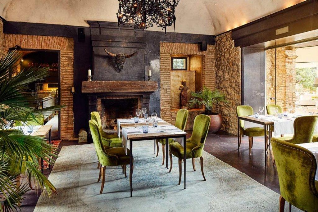 Hotel Castell D'emporda, La Bisbal D'emporda Image 0