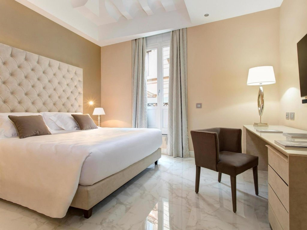 Aleph Rome Hotel, Curio Collection By Hilton Image 4