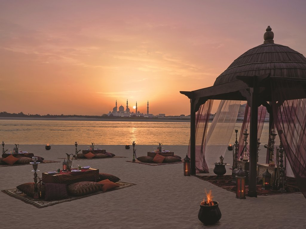 Shangri-la Hotel Qaryat Al Beri, Abu Dhabi Image 18
