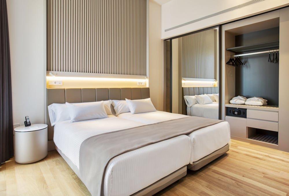 Hotel Kivir Seville Image 1