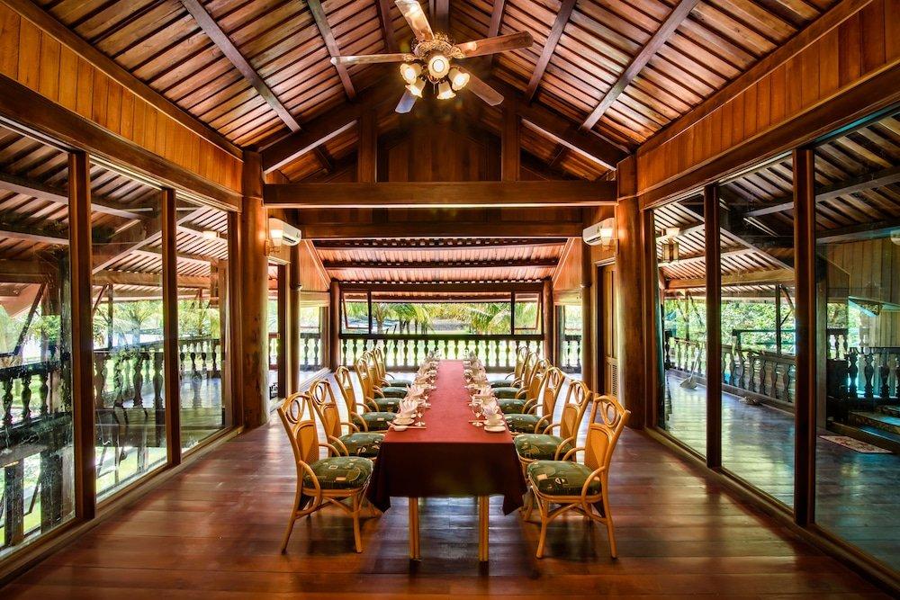 Sankofa Village Hill Resort & Spa, Hue Image 12