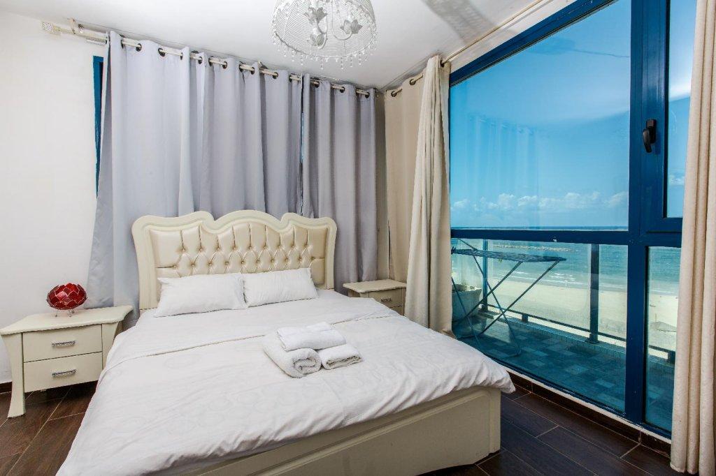 Golden Beach Hotel Tel Aviv Image 4