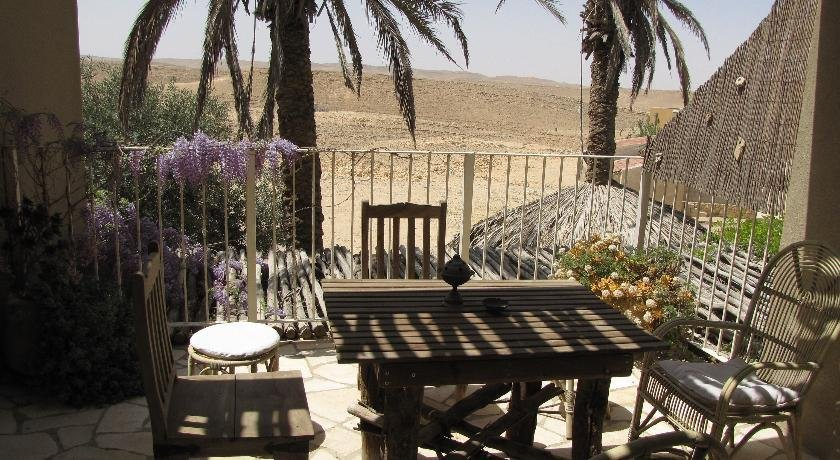 Desert Home, Mitzpe Ramon Image 4