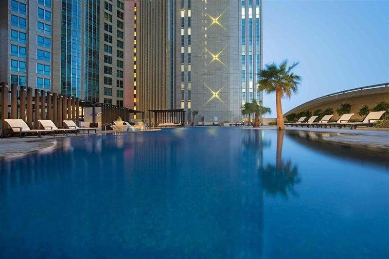 Sofitel Abu Dhabi Corniche Image 0