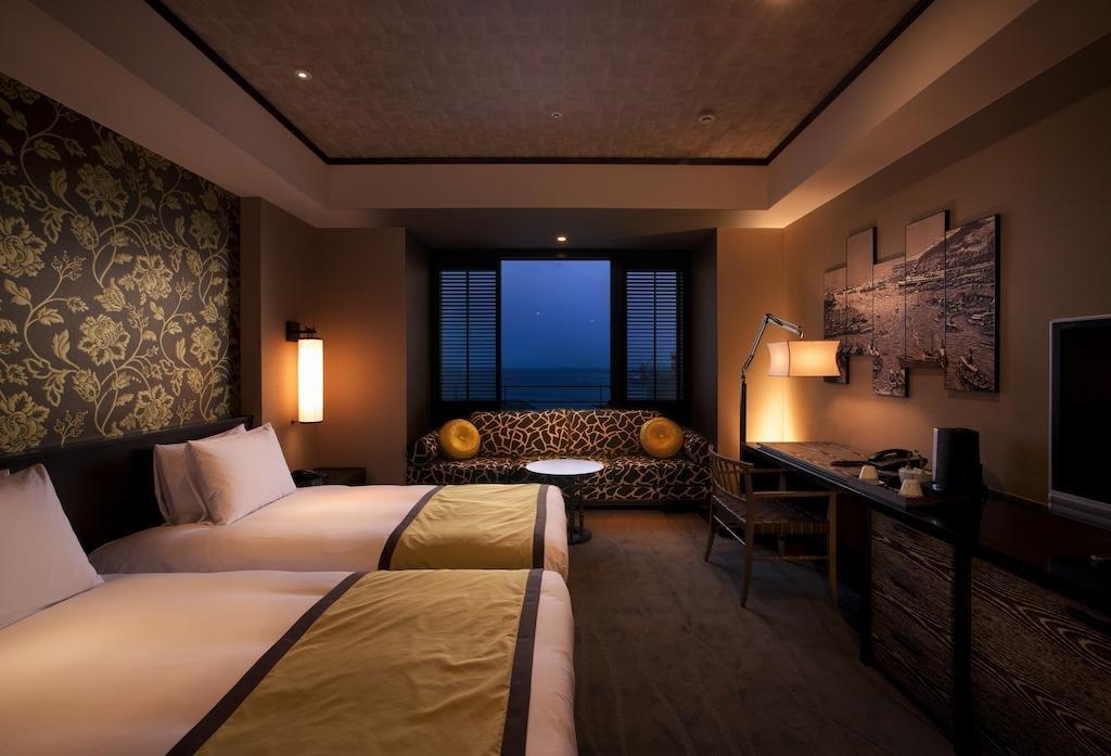 Oriental Hotel Image 5