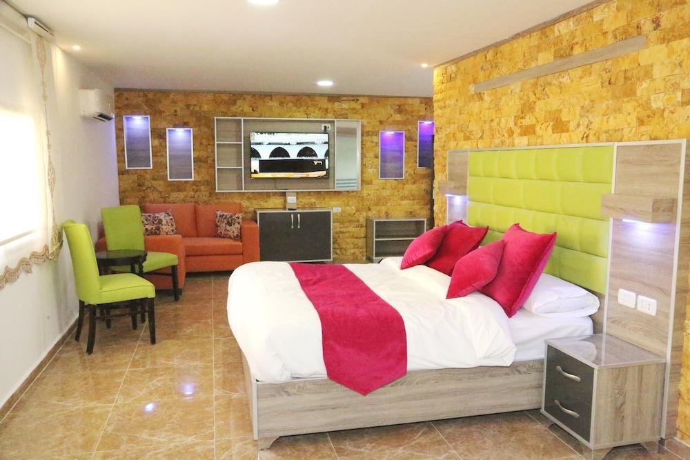 Petra Sella Hotel Image 1