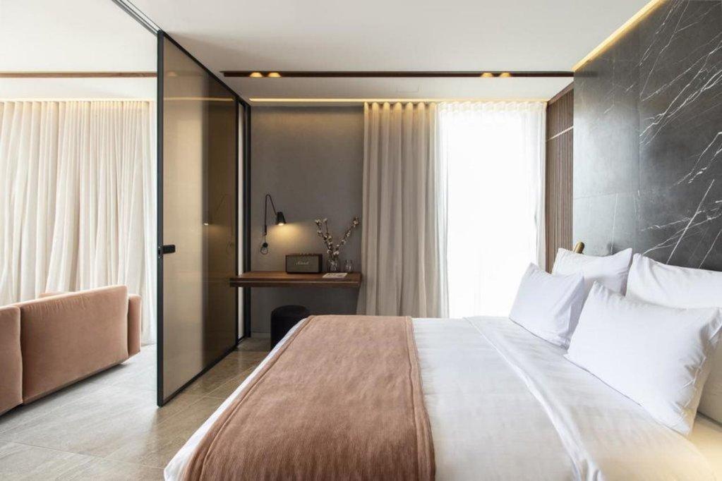 Perianth Hotel Image 5