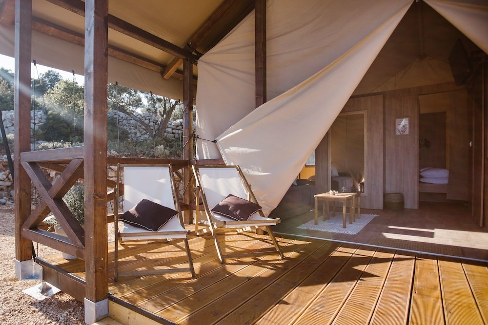 Glamping Tents Trasorka - Campsite Image 4