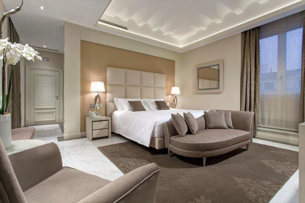 Aleph Rome Hotel, Curio Collection By Hilton Image 1