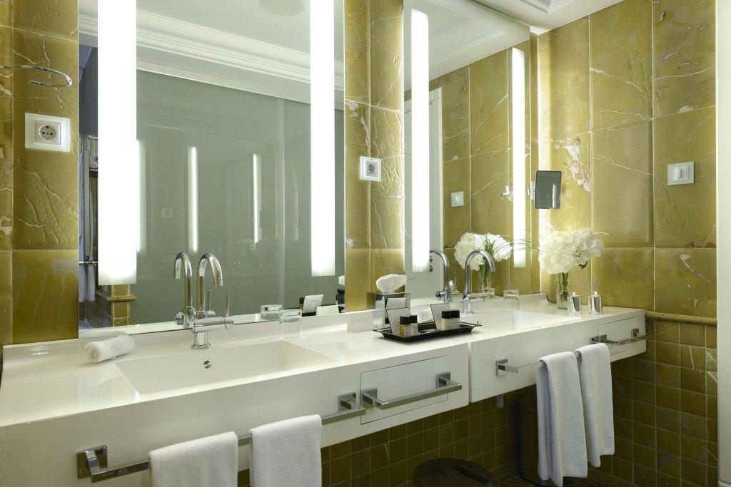Hotel Único Madrid - Small Luxury Hotels Of The World Image 8