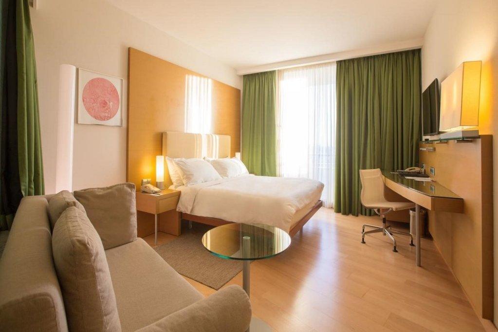 Hilton Athens Image 7