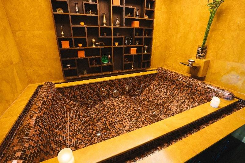 Shangri-la Hotel Qaryat Al Beri, Abu Dhabi Image 41