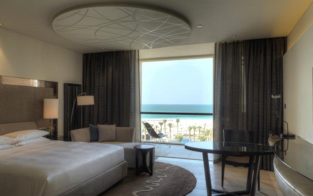 Park Hyatt Abu Dhabi Hotel & Villas Image 8